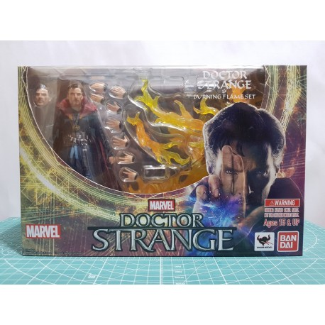 Bandai - S.H.Figuarts - Marvel - Dr. Strange & Burning Flame Set